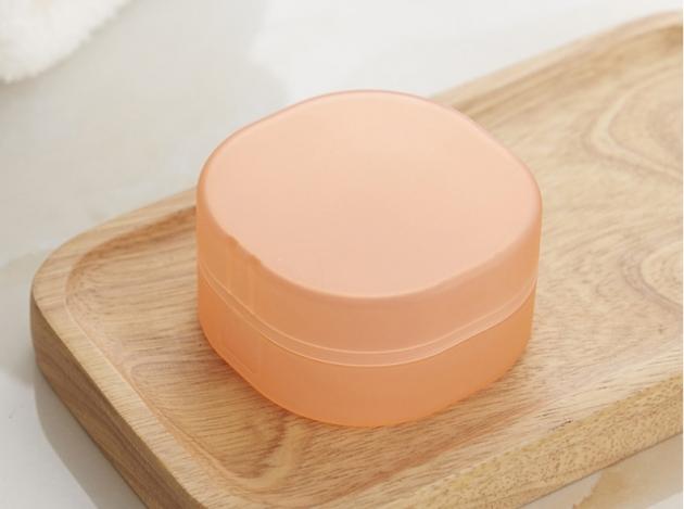 隨身皂盒附海綿 1